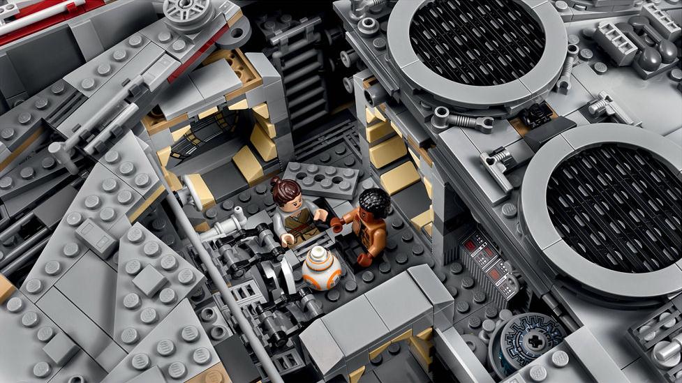 Lego Star Wars Un Gigantesque Set Du Faucon Millenium