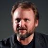 Star Wars Episode VIII: Le réalisateur Rian Johnson s'exprime sur le film