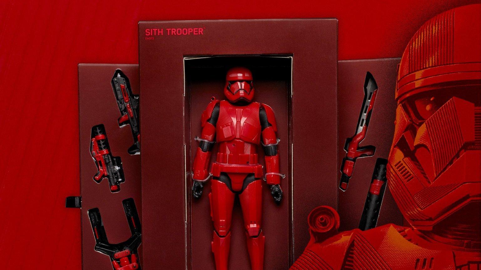 Lucasfilm dévoile le Sith Trooper en images — Star Wars IX