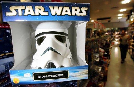 le casque du stormtrooper un objet fonctionnel star. Black Bedroom Furniture Sets. Home Design Ideas